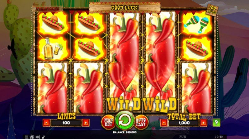 100 Lucky Chillies :: Stacked wilds trigger multiple winning lines