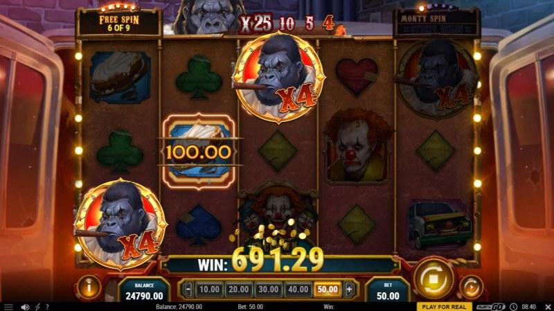 3 Clown Monty :: A three of a kind win