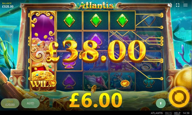 Atlantis :: Stacked wilds trigger multiple winning lines