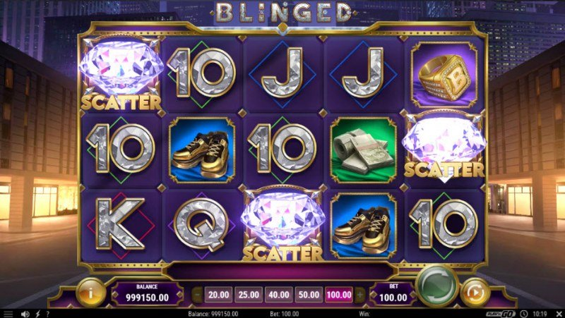 Blinged :: Scatter symbols triggers the free spins feature