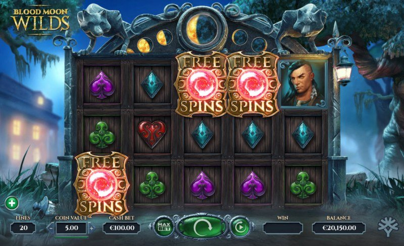 Blood Moon Wilds :: Scatter symbols triggers the free spins feature