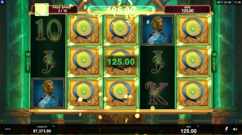 Book of Oz :: Stacked wild symbols triggers multiple winning combinations
