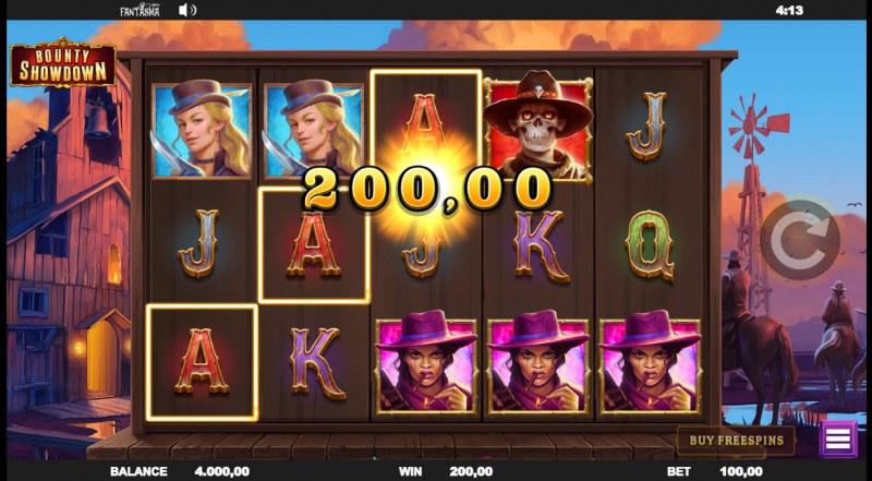 Bounty Showdown :: A three of a kind win