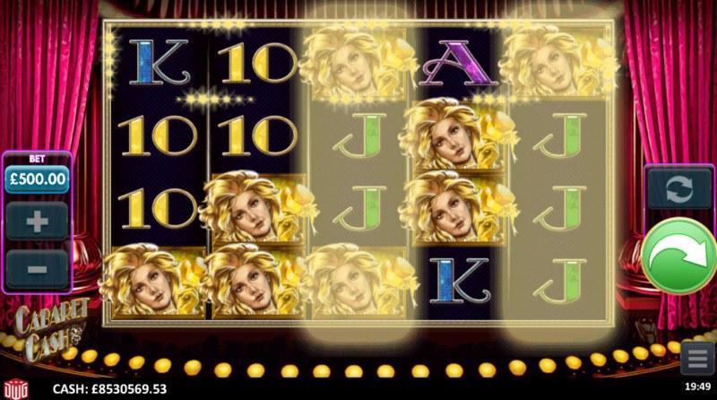 Cabaret Cash :: Hot Line Feature triggered