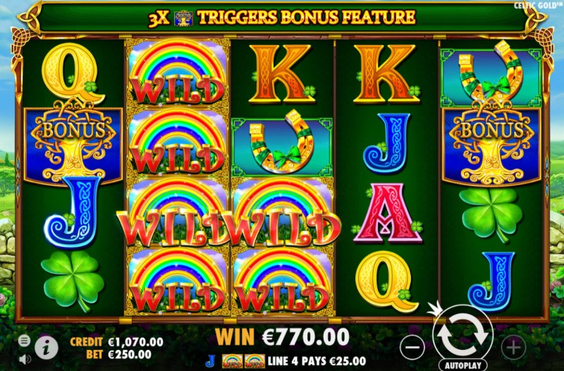 Celtic Gold :: Stacked wild symbols triggers multiple winning paylines
