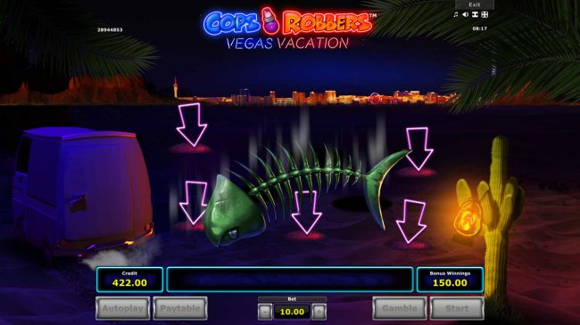 Cops 'n' Robbers Vegas Vacation :: Bonus play ends when you pick the fish