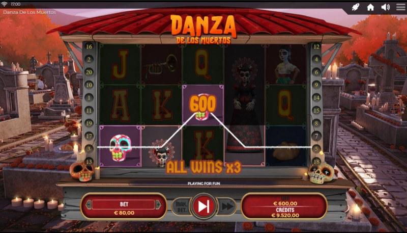 Danza De Los Muertos :: A three of a kind win