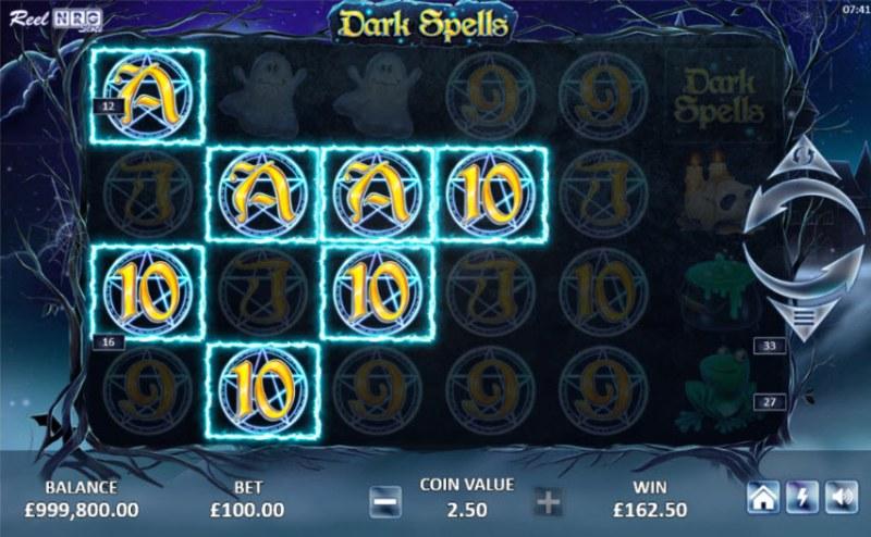 Dark Spells :: Multiple winning paylines