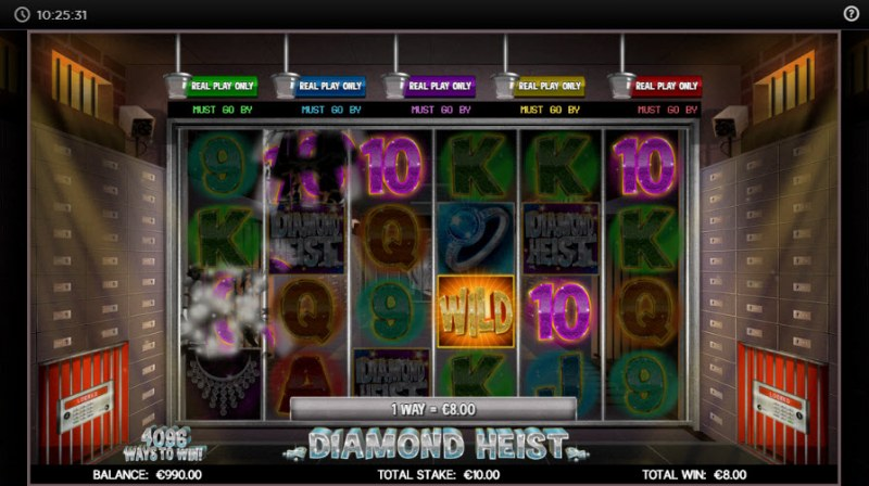 Diamond Heist :: Winning symbols are removed from the reels and new symbols drop in place