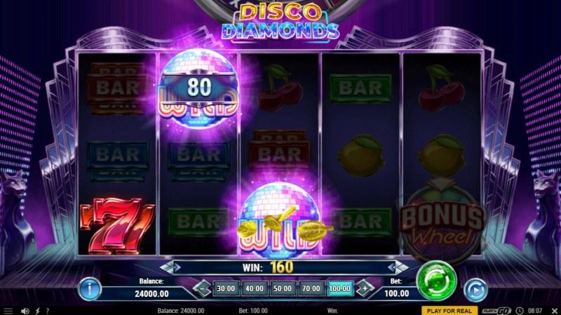 Disco Diamonds :: A three of a kind win