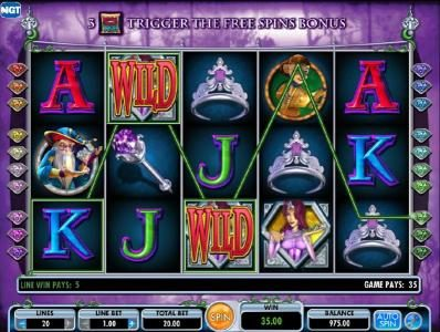 Chomp featuring the Video Slots Diamond Queen with a maximum payout of $250,000