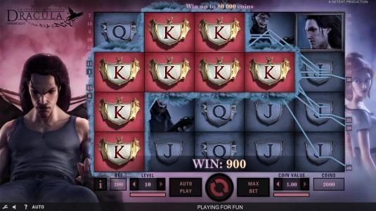 Dracula :: Multiple winning paylines triggers a 900 coin big win!