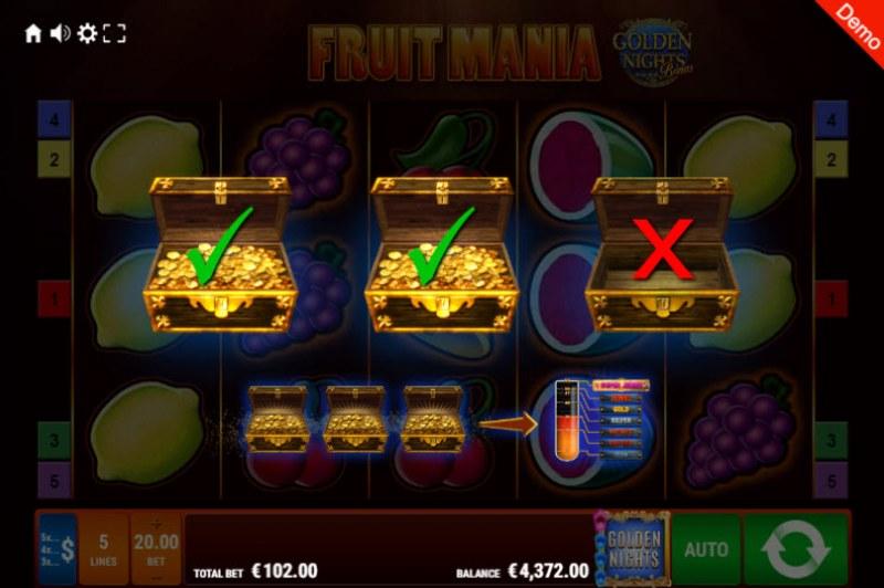 Fruit Mania Golden Nights Bonus :: Golden Night Bonus randomly activates during any spin