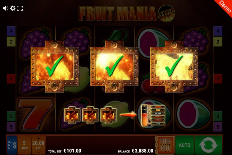 Fruit Mania Red Hot Fire Pot :: Fire Pot feature triggers at random during any spin