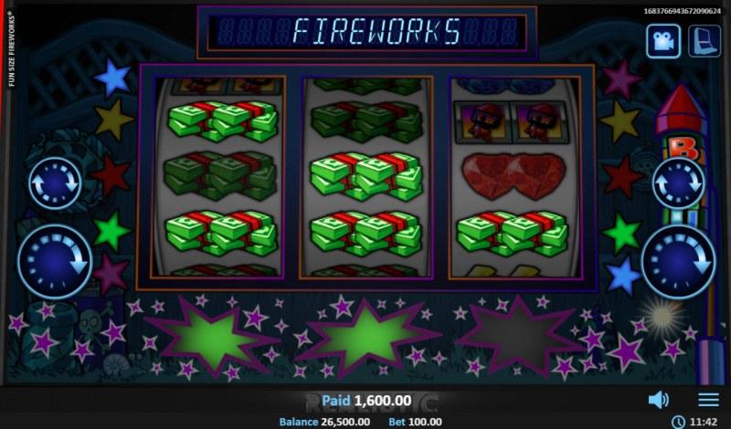 Fun Size Fireworks :: Multiple winning paylines