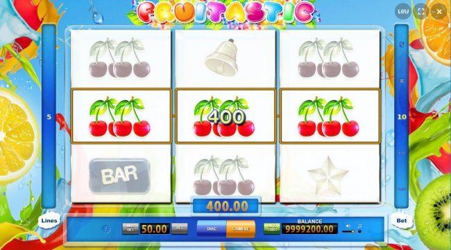 Fruitastic :: A winning Three of a Kind triggers a 400.00 cash award.