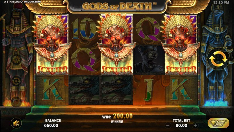 Gods of Death :: Scatter symbols triggers the free spins feature