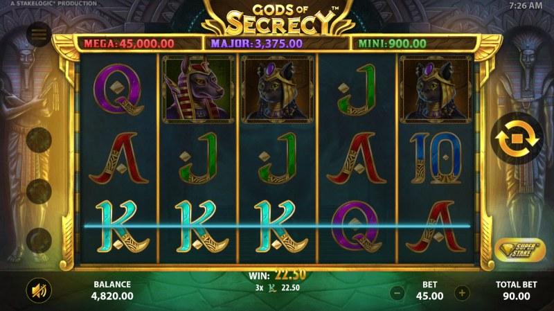 Gods of Secrecy :: A three of a kind win