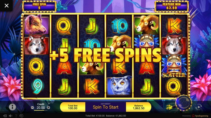 Gold Panther :: Two or more scatter symbols awards additional free games