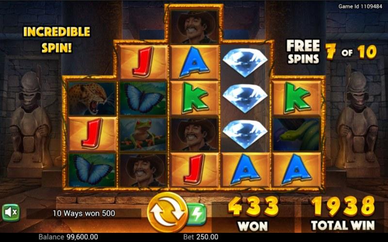 Golden Amazon :: Multiple winning combinations