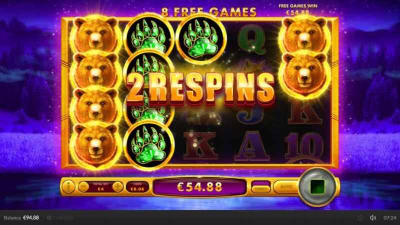 Golden Grizzly :: Full stack of bear symbols on reel 1 triggers respin feature