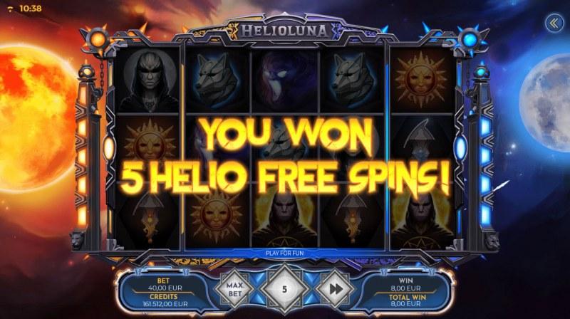 Helio Luna :: 5 Free Spins Awarded