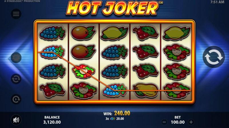 Hot Joker :: A three of a kind win