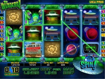 Real Bet featuring the Video Slots Invaders with a maximum payout of $25,000