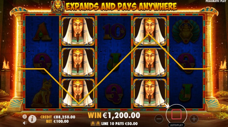 John Hunter and the Book of Tut :: special expanding symbol leads to a big win during the free spins feature