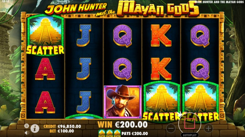 John Hunter and the Mayan Gods :: Scatter symbols triggers the free spins bonus feature