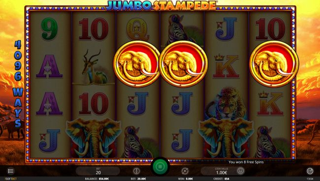 Jumbo Stampede :: Scatter win triggers the free spins feature
