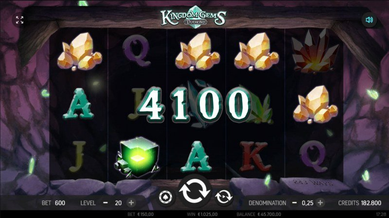 Kingdom Gems Diamond :: Multiple winning combinations