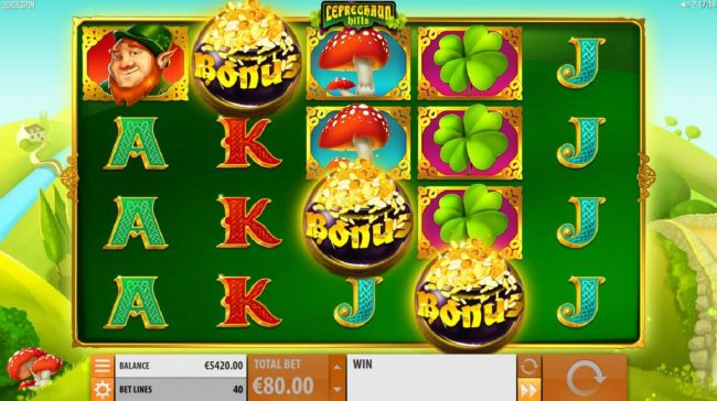 Landing three pot of gold scatter symbols triggers the Rainbow Free Spins Feature.