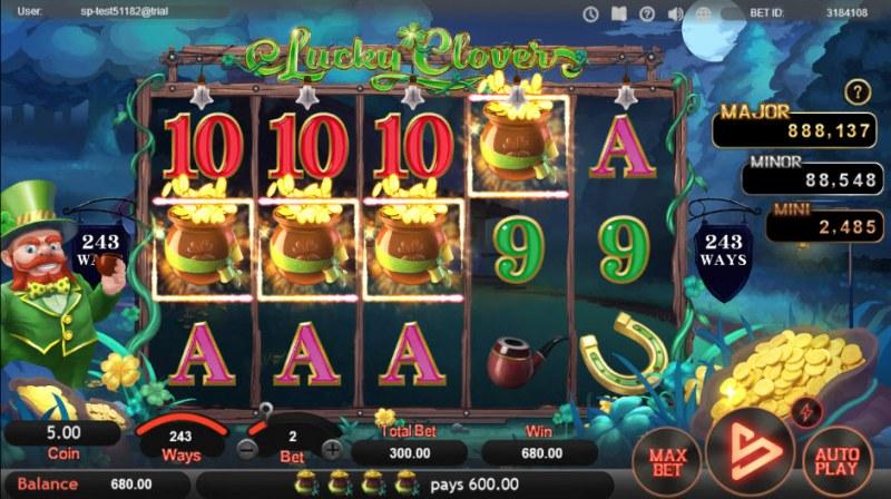 Lucky Clovers :: A four of a kind Win