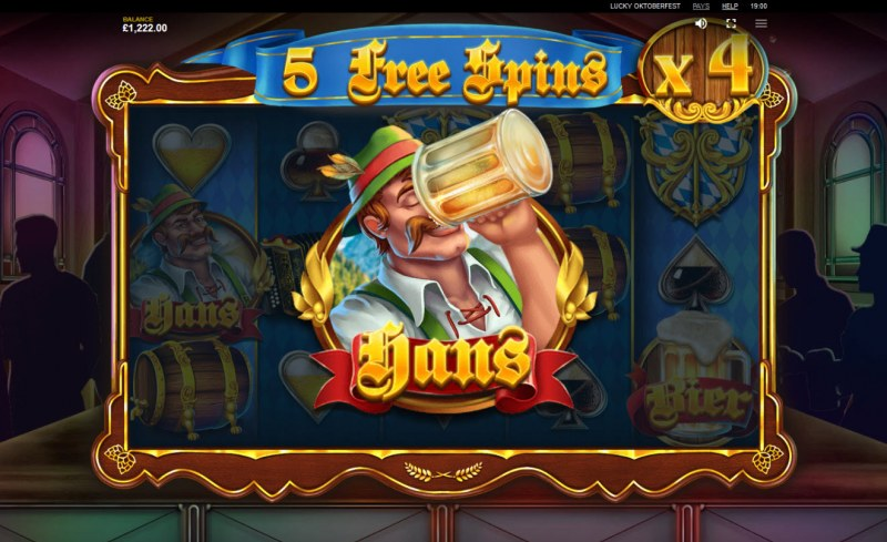 Lucky Oktoberfest :: Hans feature increases the win multiplier during the free spins