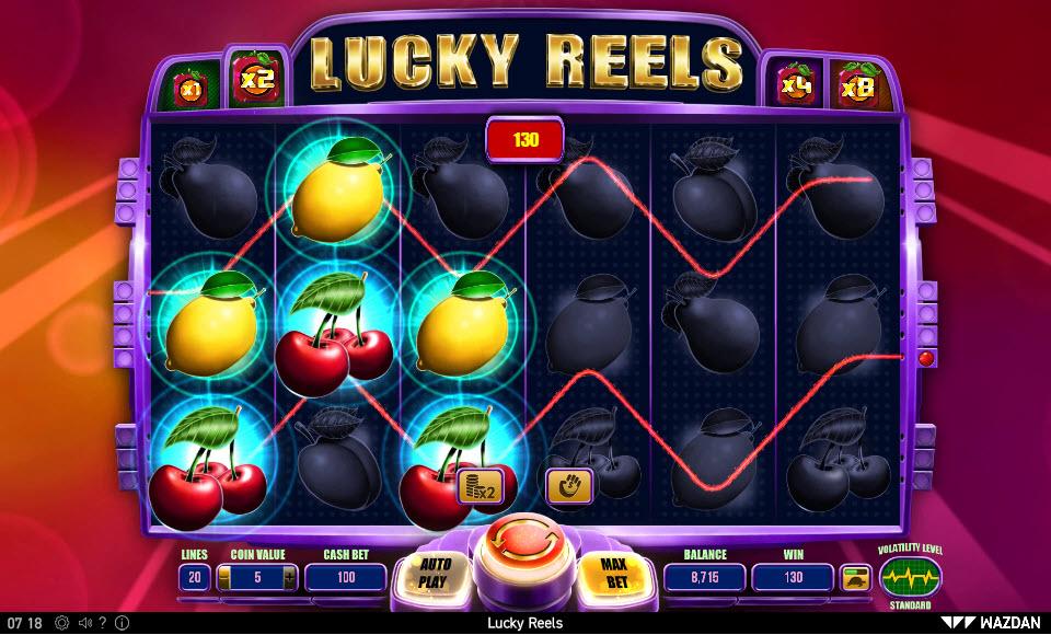 Lucky Reels :: Multiple winning paylines