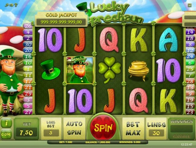 Lucky Leprechaun :: Main game board featuring five reels and 30 paylines with a progressive jackpot max payout