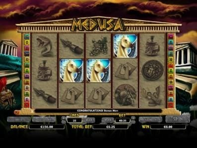 Medusa :: three pegasus symbols triggers bonus feature