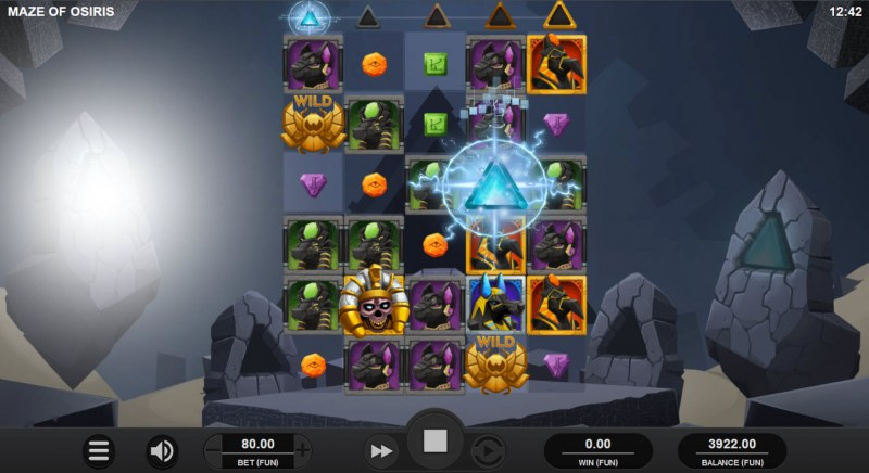 Maze of Osiris :: Collect pyramid symbols for a chance at the bonus game