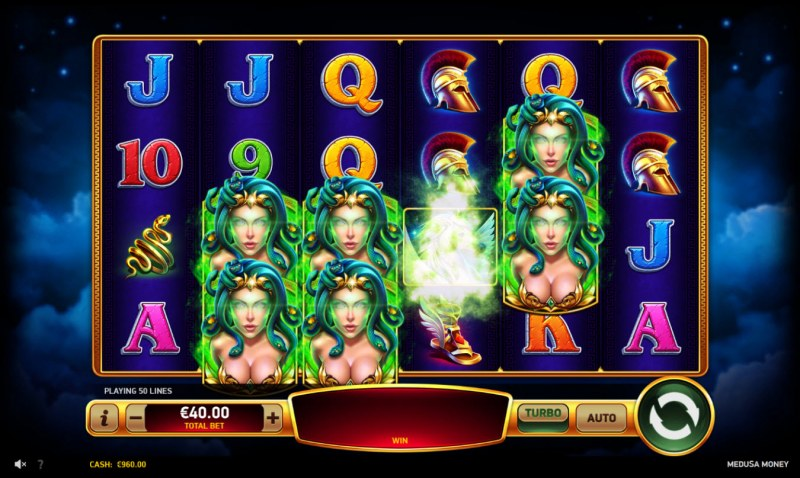 Medusa Money :: Wild Gaze feature triggered