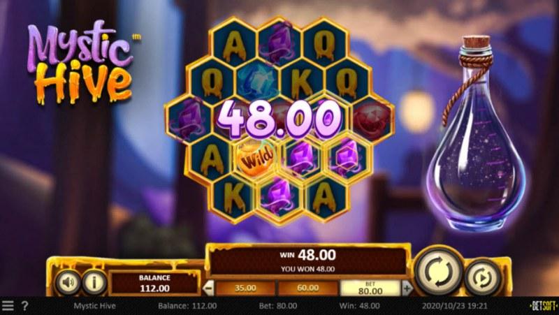 Mystic Hive :: Multiple winning paylines