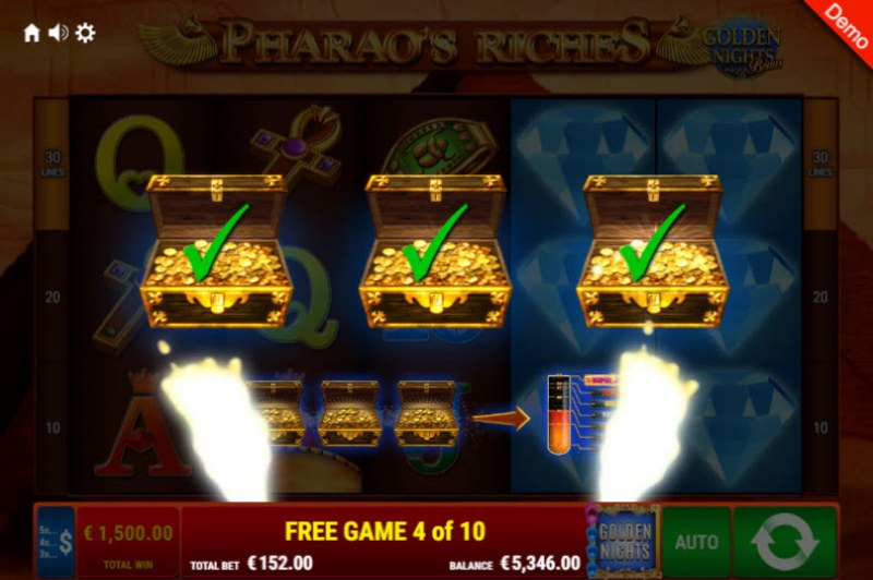 Pharao's Riches Golden Nights Bonus :: Golden Night Bonus randomly activates during any spin