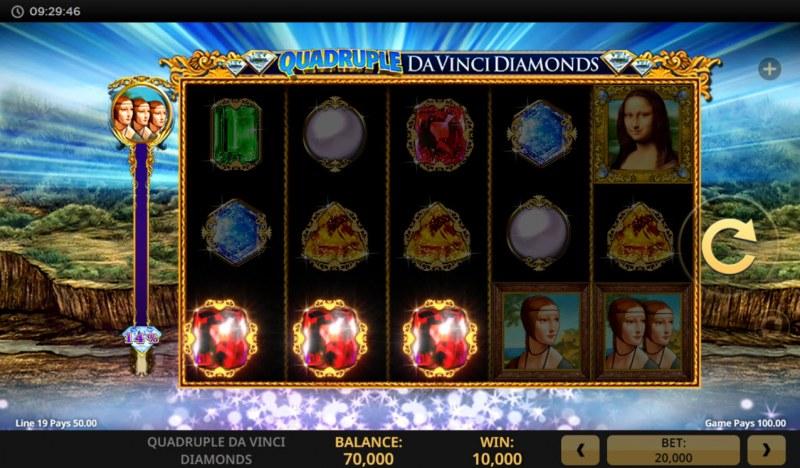 Quadruple Da Vinci Diamonds :: A three of a kind win