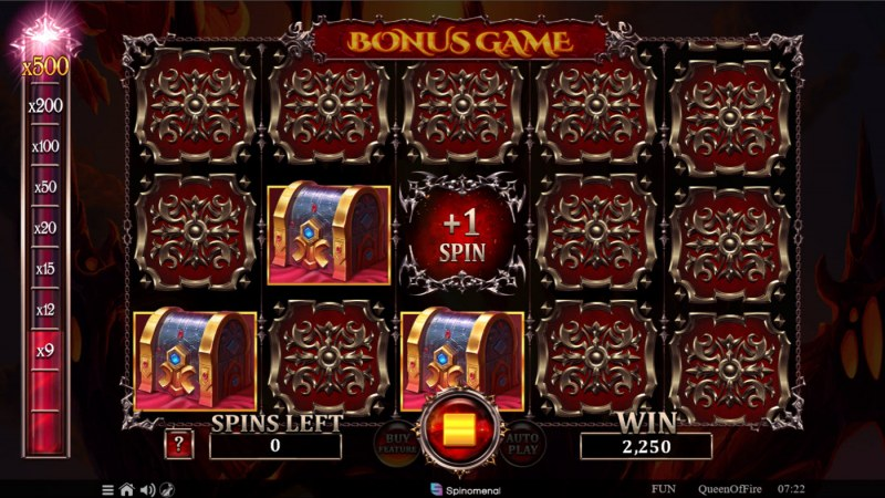Queen of Fire :: Collects chest and earn addtional spins