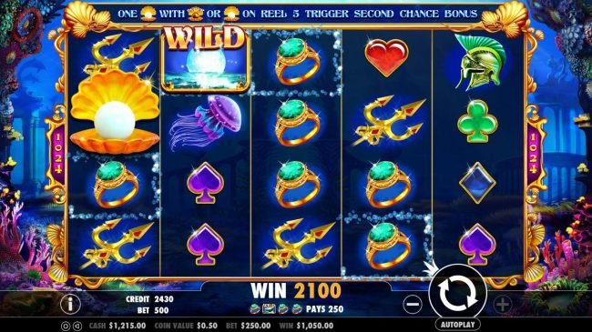 Multiple winning symbol combinations triggers a 2100 coin big win!