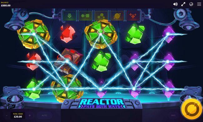 Reactor :: Multiple winning paylines