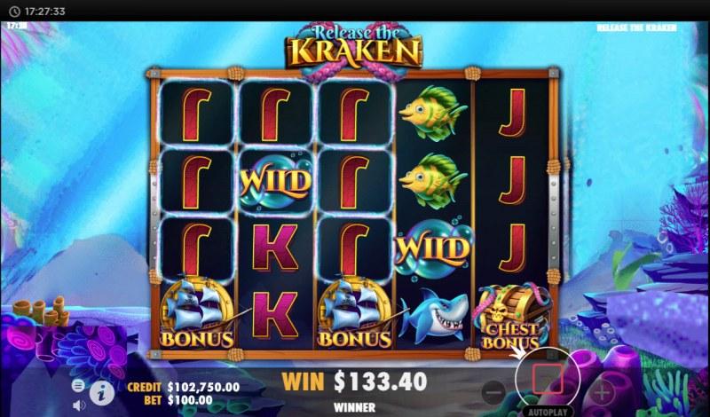 Release the Kraken :: Scatter symbols triggers bonus feature