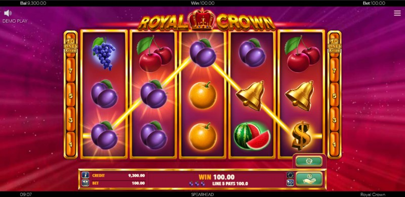 Royal Crown :: A three of a kind win