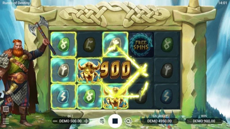 Runes of Destiny :: Multiple winning paylines