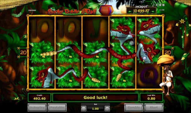 Snake Charmer Bonus triggers mulltiple wild symbols on the reels
